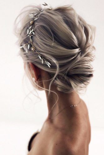 Accessorized Low Buns Headband #mediumhair #weddinghairstyles