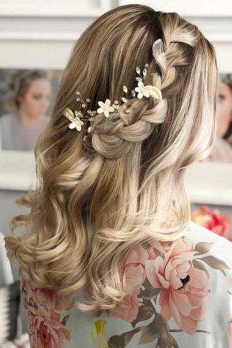 Half Up Half Down Hairstyles Braid #mediumhair #weddinghairstyles