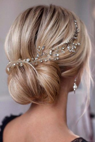 Blonde Wedding Hairstyles With Accessories #weddinghairstyles #hairstyles #updohairstyles #accessory