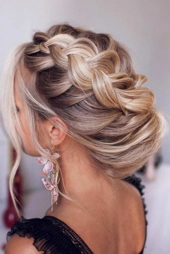 Side Dutch Braided Updo Hairstyles For Wedding #weddinghairstyles #hairstyles #updohairstyles #braids