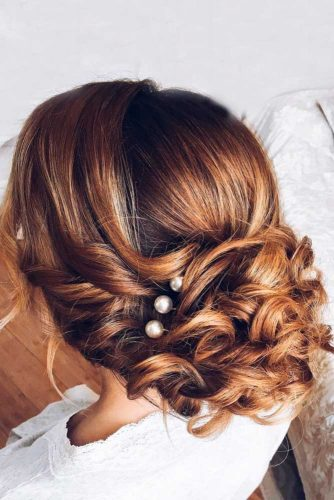 Simple and Chic Wedding Hairstyles picture2