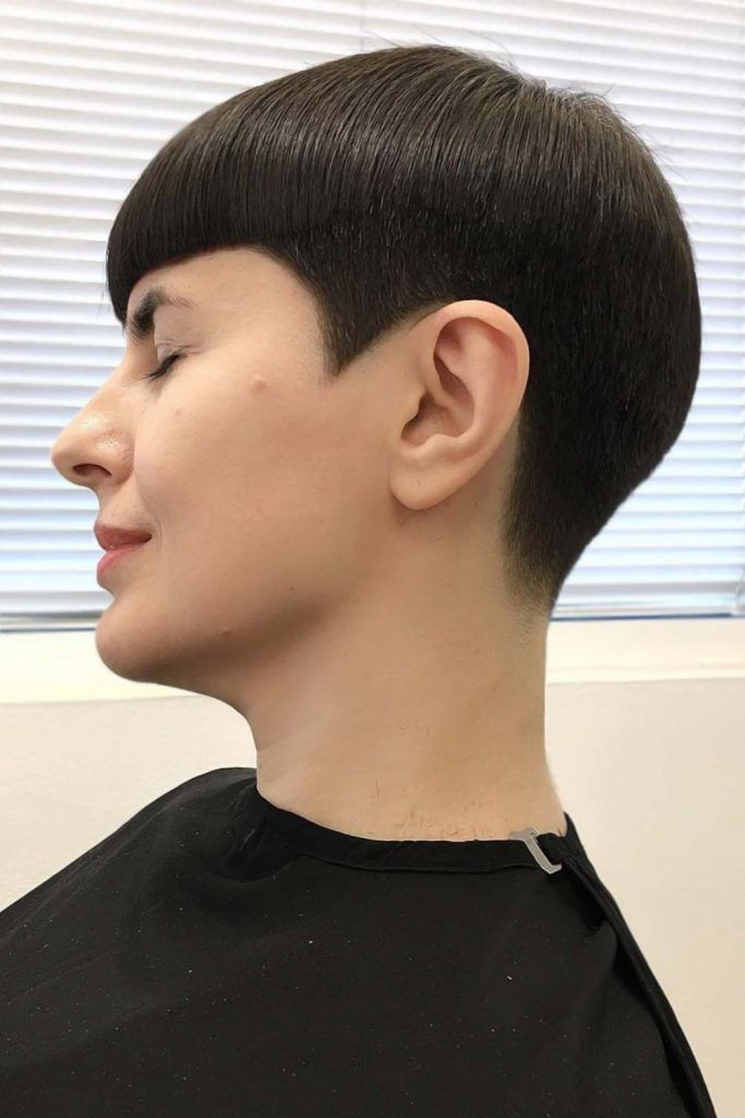 What Is A Bowl Cut Hairstyle? #bowlcut
