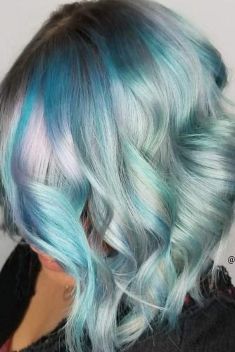 Chic and Sexy Wavy Hairstyles picture 2