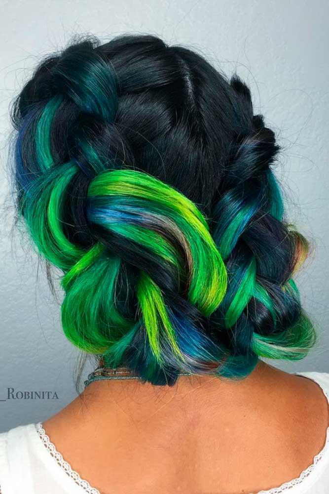 Dark Green Hair picture2