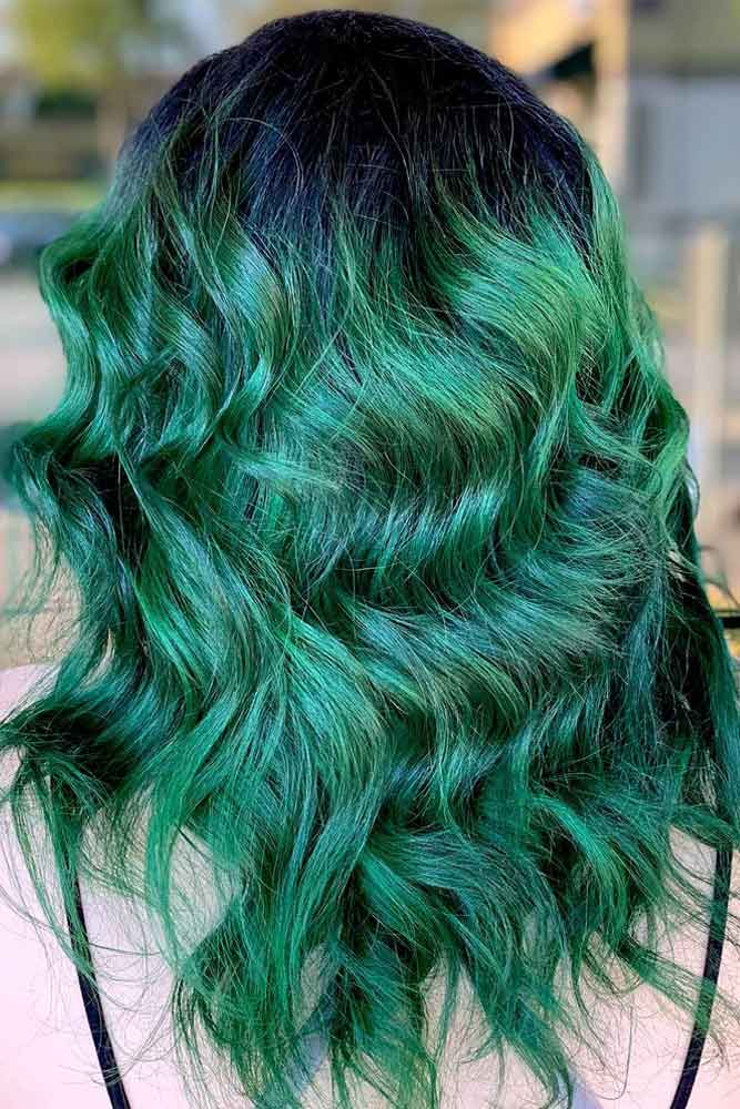 Layered Brunette To Green Ombre Hair #greenombrehair #ombrehair #haircolor
