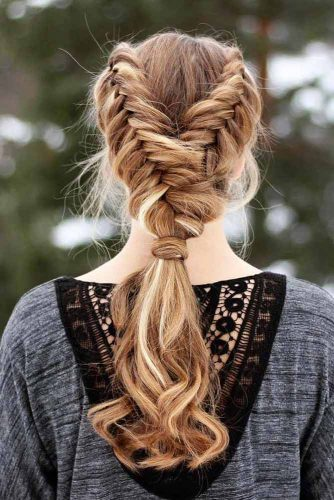 Add Small Side Braids into Your Ponytail picture 1