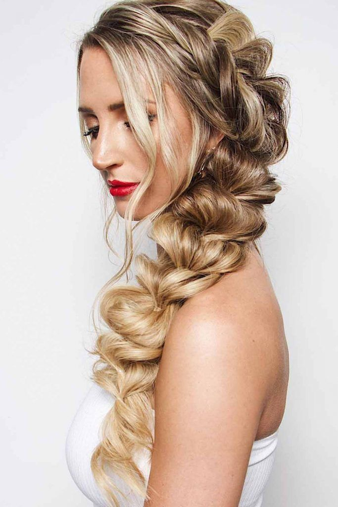 Messy Pull Through Braid Hairstyle #prettyhairstyles #cutehairstyles