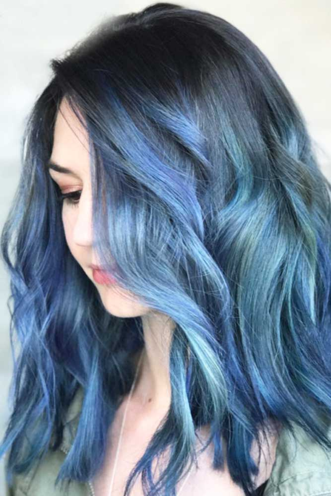 Trendy Beach Waves Hairstyles picture 3