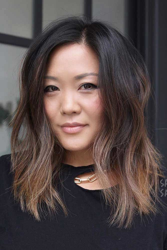 Side Parted Layered Haircuts #shoulderlengthlayeredhair #shoulderlengthhairstyle #layeredhair
