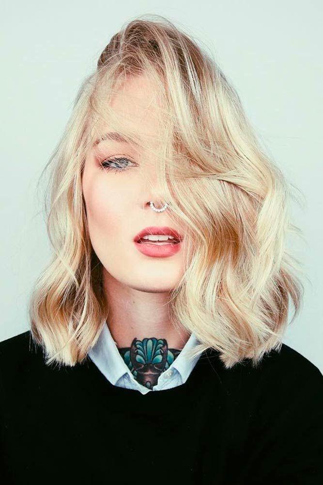 Blonde Wavy Shoulder Length Layered Haircuts #shoulderlengthlayeredhair #shoulderlengthhairstyle #layeredhair
