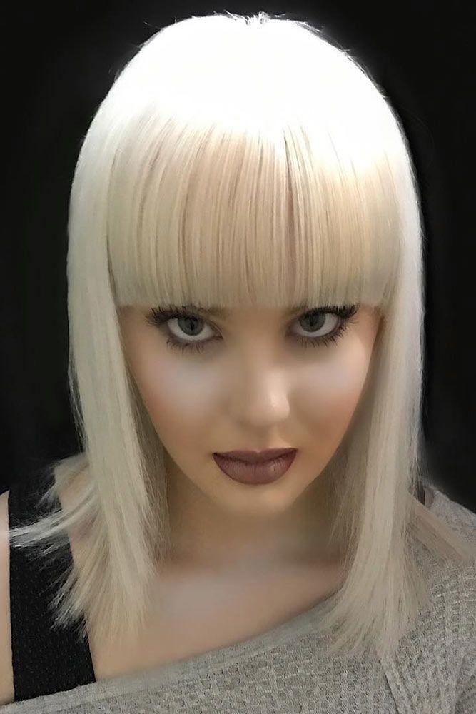 Blonde Straight Shoulder Length Layered Haircuts #shoulderlengthlayeredhair #shoulderlengthhairstyle #layeredhair