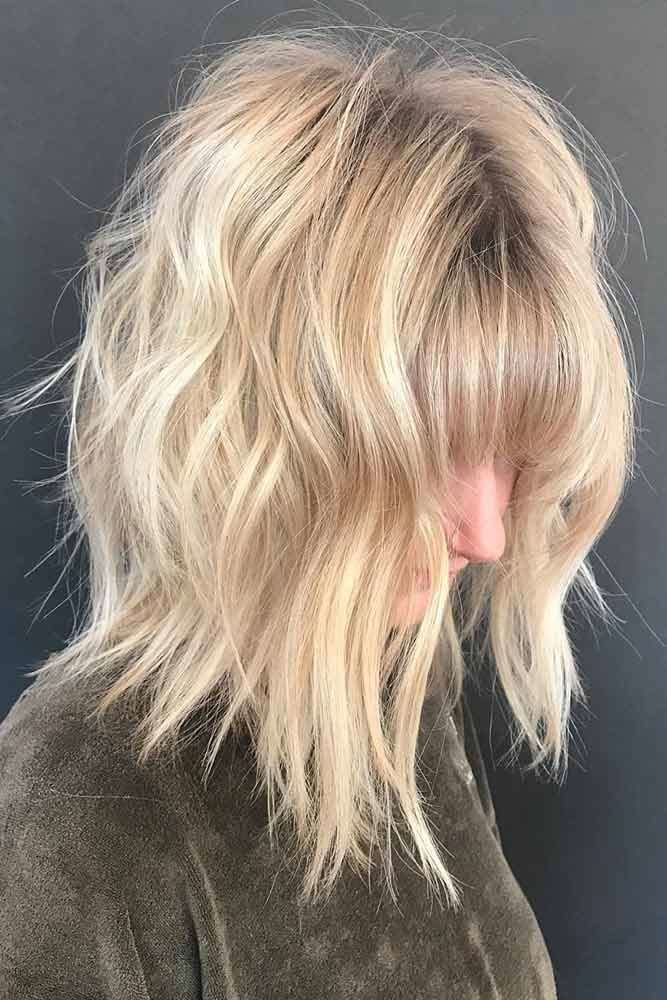 Shoulder Length Haircuts With Bangs #shoulderlengthlayeredhair #shoulderlengthhairstyle #layeredhair