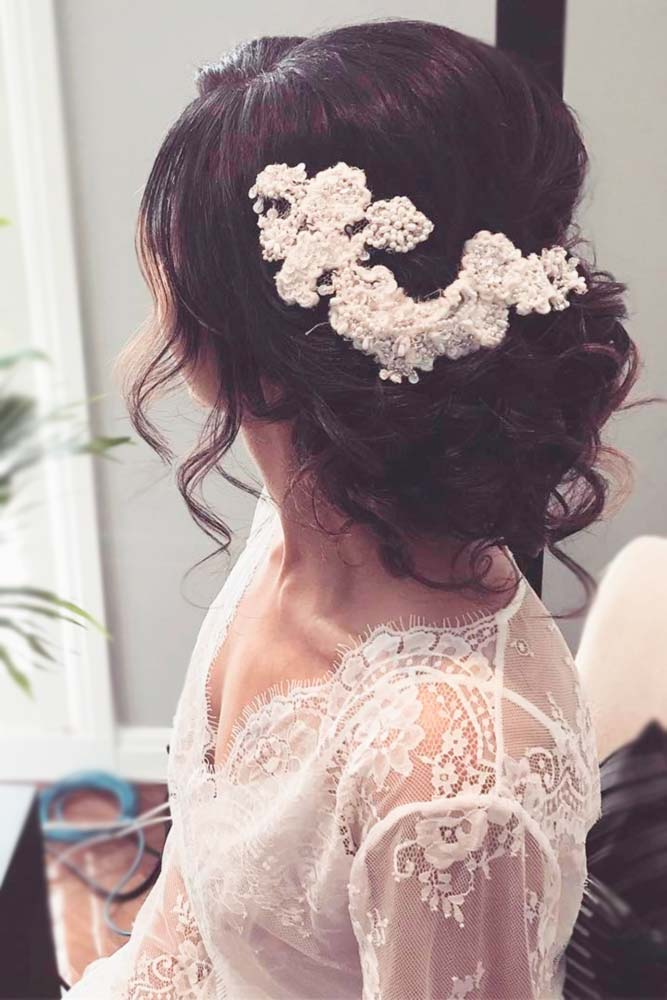 Elegant Accessories for Brides picture3