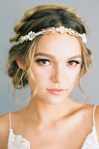 Amazing Wedding Headbands Which Will Conquer Your Heart picture2