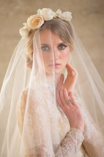 Amazing Wedding Headbands Which Will Conquer Your Heart picture3