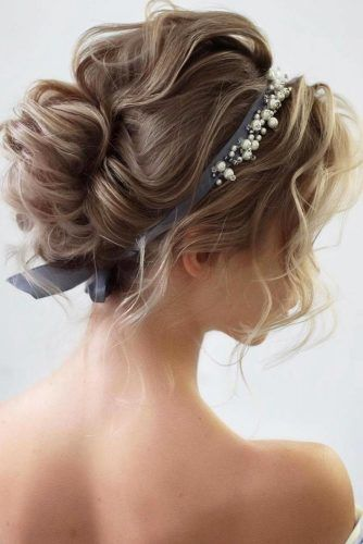 Ribbon Wedding Headbands With Pearls  #weddingheadband #weddinghairstyles