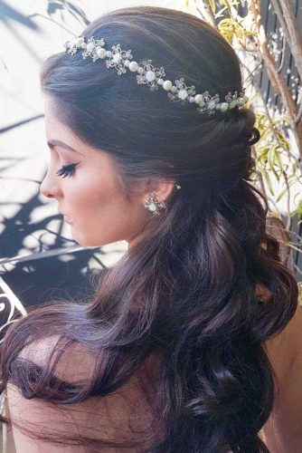 Simple and Charming Weddind Headbends picture1