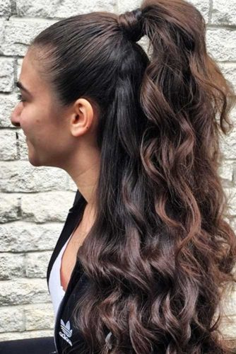 Elegant Ways to Wear Half Ponytails picture 3