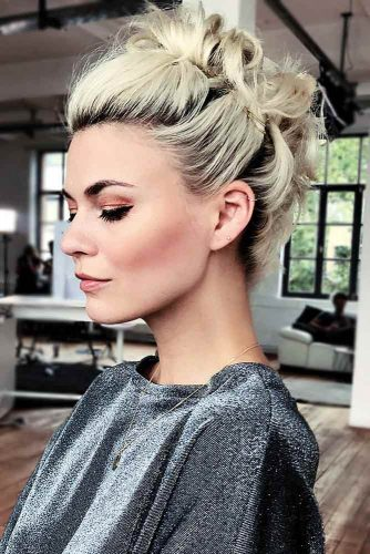 27 Summery Hot Hairdos For Short Hair | LoveHairStyles.com