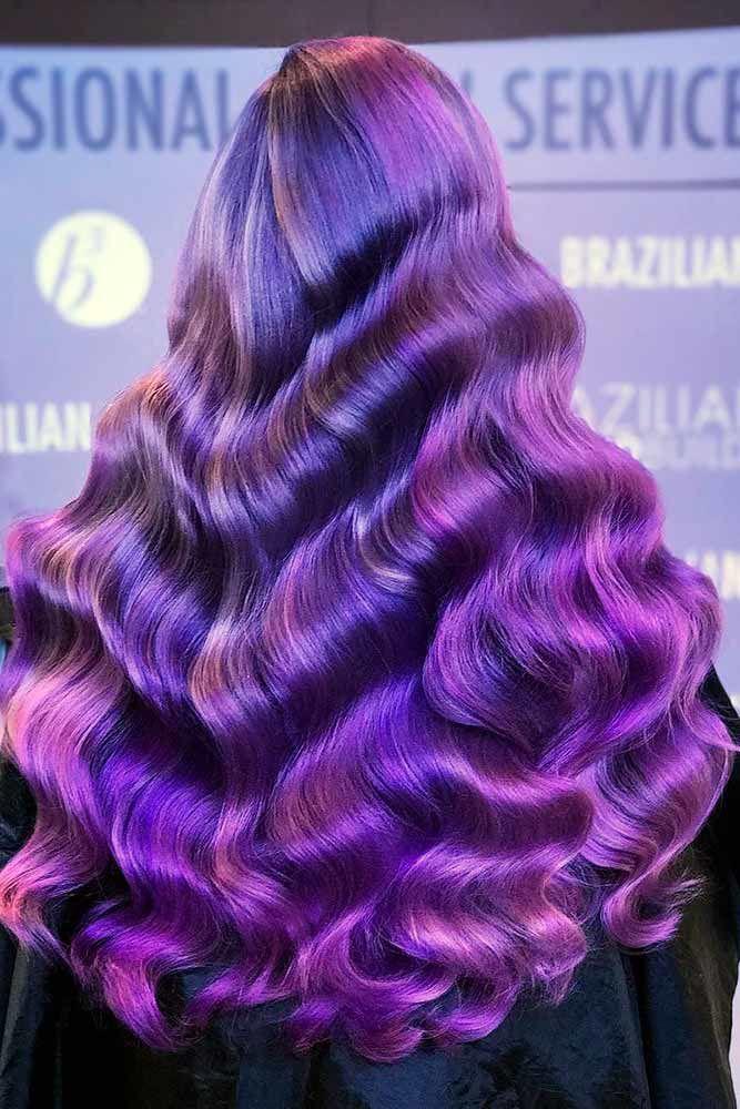 Bright Hollywood Waves