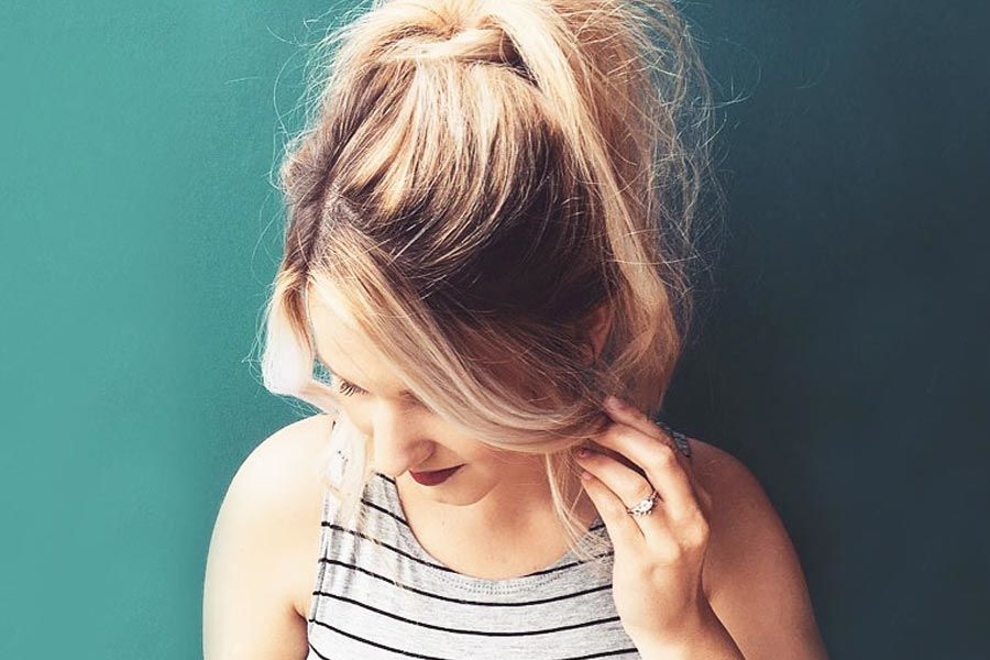 Super Gorgeous Medium Hairstyles With Bangs To Try