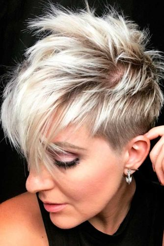 Blonde Pixie with Long Layers picture3