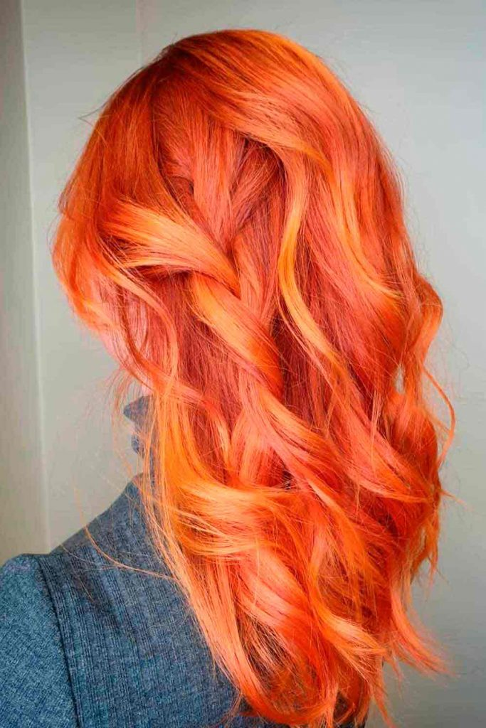 Beautiful wavy blorange hair medium length