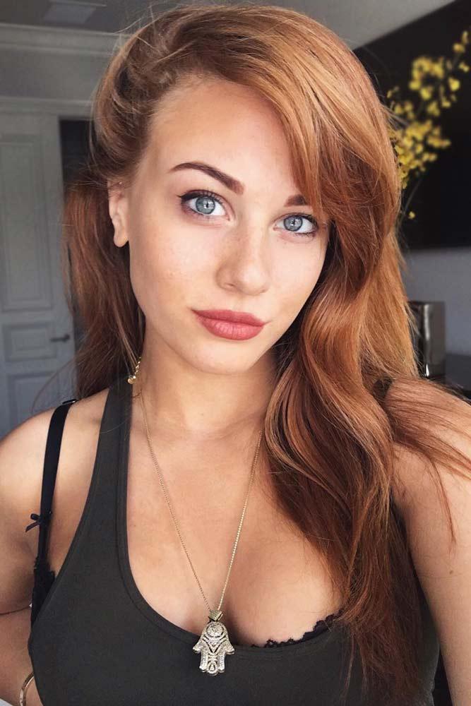 Strawberry Blonde Highlights On Dark Brown Hair #strawberryhair #brownhair #caramelhair