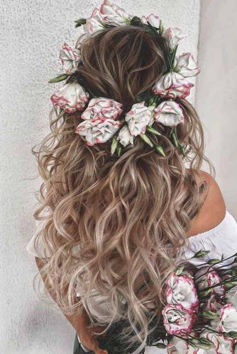 Headband Of Roses #homecominghairstyles