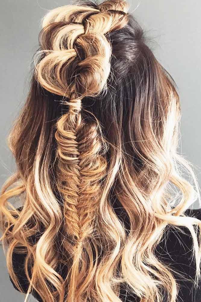 Stunning Half-Up Half-Down Hairdo picture 1