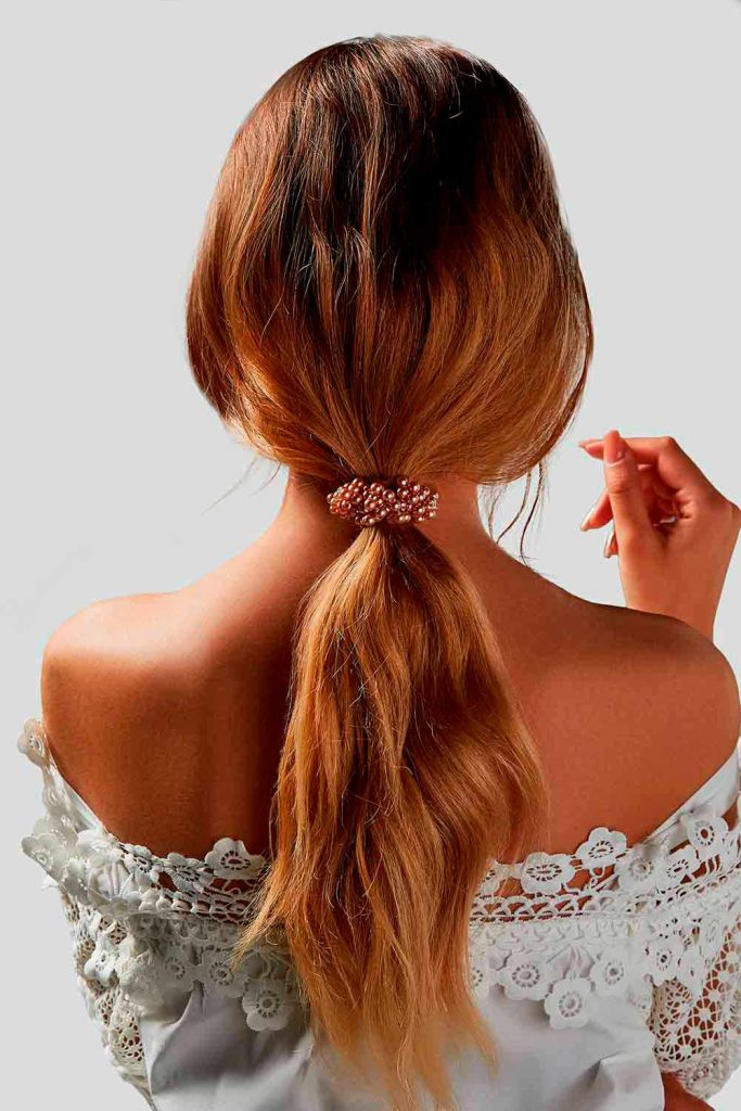 Easy Messy Low Ponytails#easyhairstyles #messyhairstyles