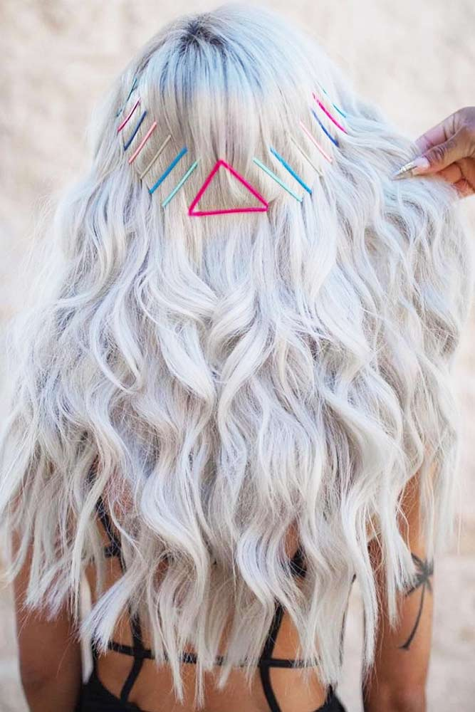 Wavy Hairstyles With Pins #wavyhair #pins