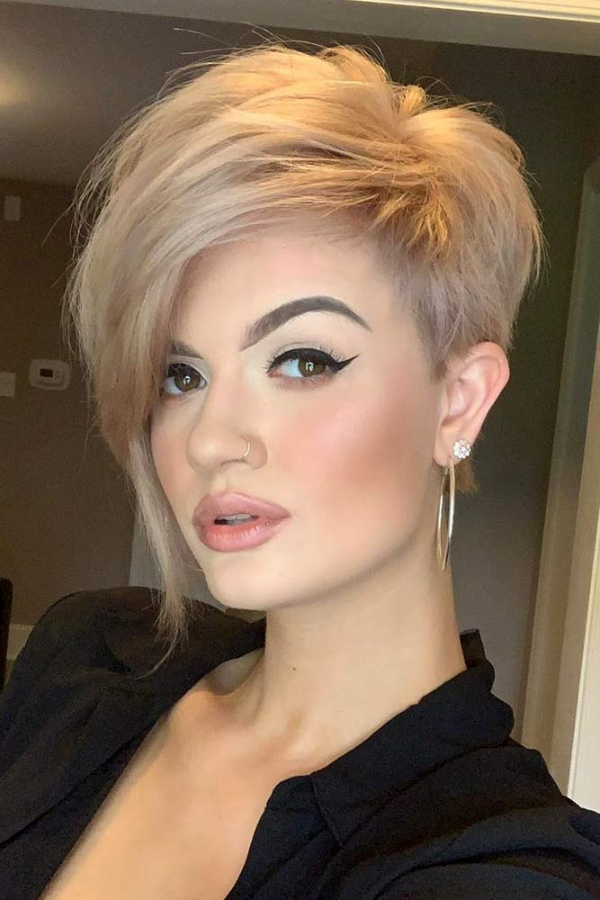 Pixie With Side Swept Bang #pixiecut #haircuts #longpixie #shorthair