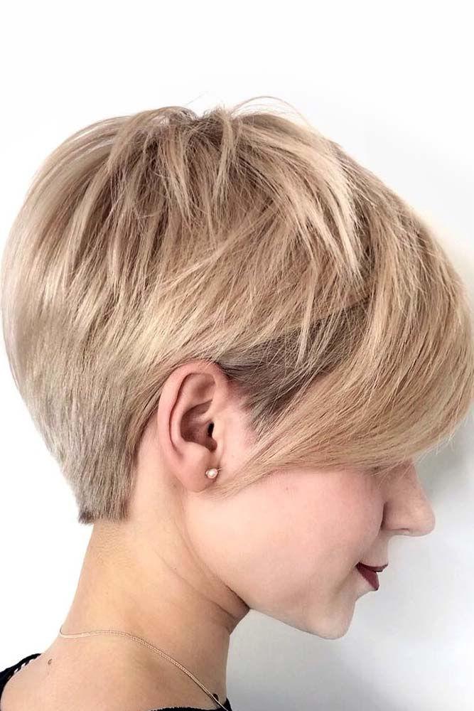 Blonde Pixie With Side Swept Bang #pixiecut #haircuts #longpixie #shorthair