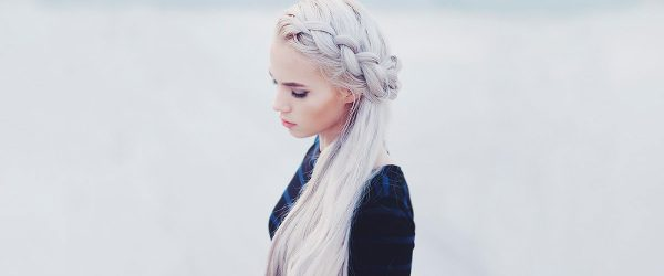 15 White Blonde Hair Styles to Look Like the Queen of Dragons