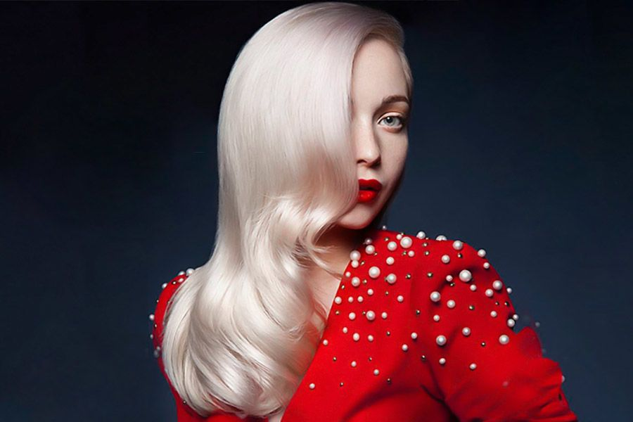 White Blonde Hair Styles to Look Like the Queen of Dragons