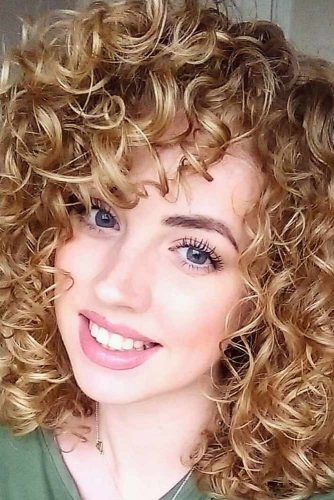 Fantastic Curly Hairstyles for Short Hair picture 3