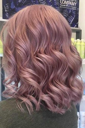 Curling Short Hair in Pastel Shades picture 2
