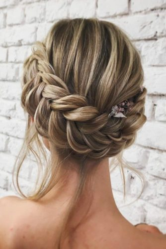 Braided Crown to Change Your Everyday Style picture1