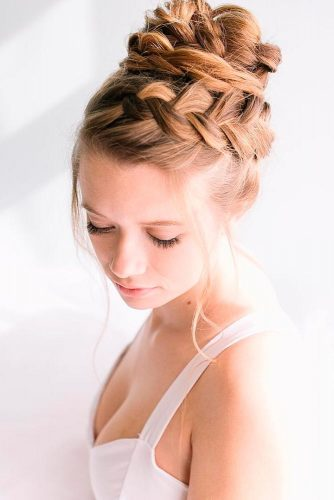 Braided Crown to Change Your Everyday Style picture2