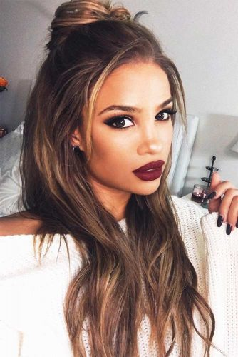 Long Hairstyles for Oval Face Shapes picture1