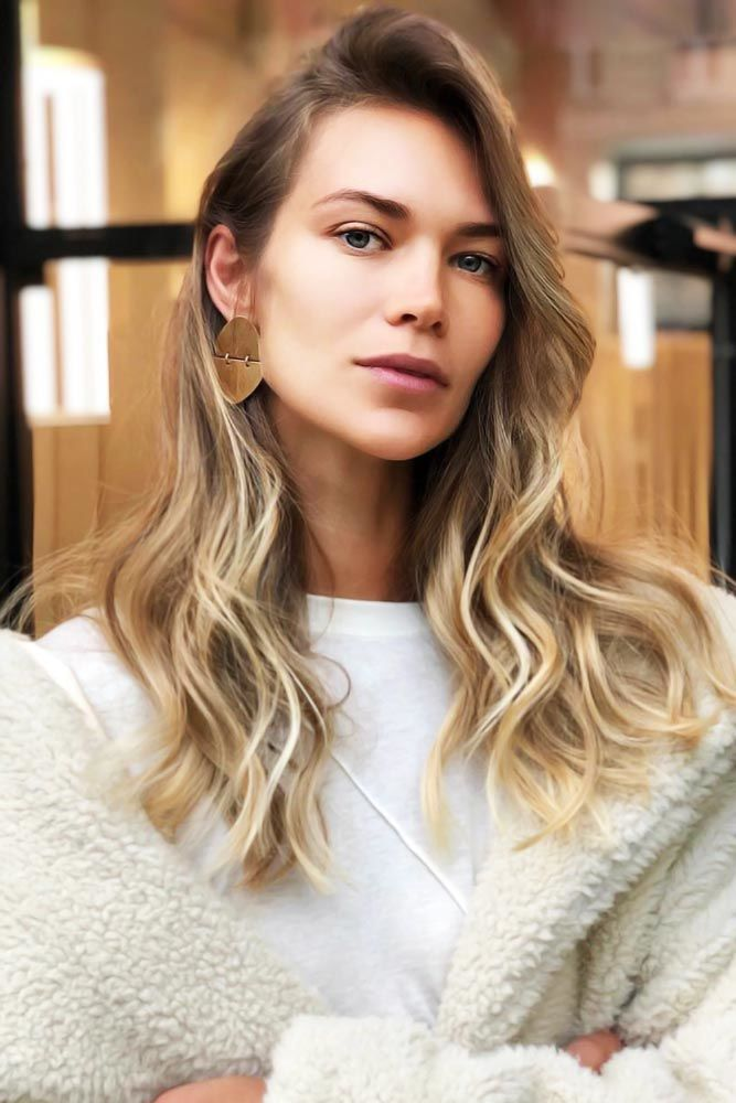 Side Swept Messy Layers Blonde #longhaircuts