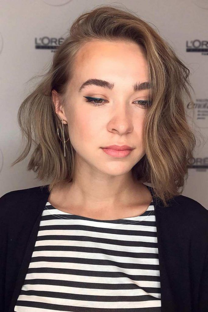 Best Short Hairstyles For Wavy Hair – Lob Side #shorthaircuts #shorthairstyles #shorthair