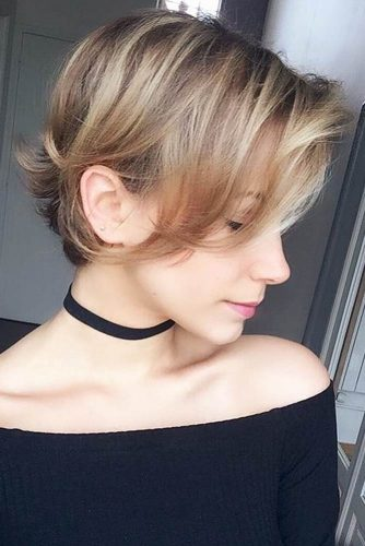 Long Pixie For Thin Hair #shorthaircuts #shorthairstyles #shorthair #pixiehaircuts #blondehighlights