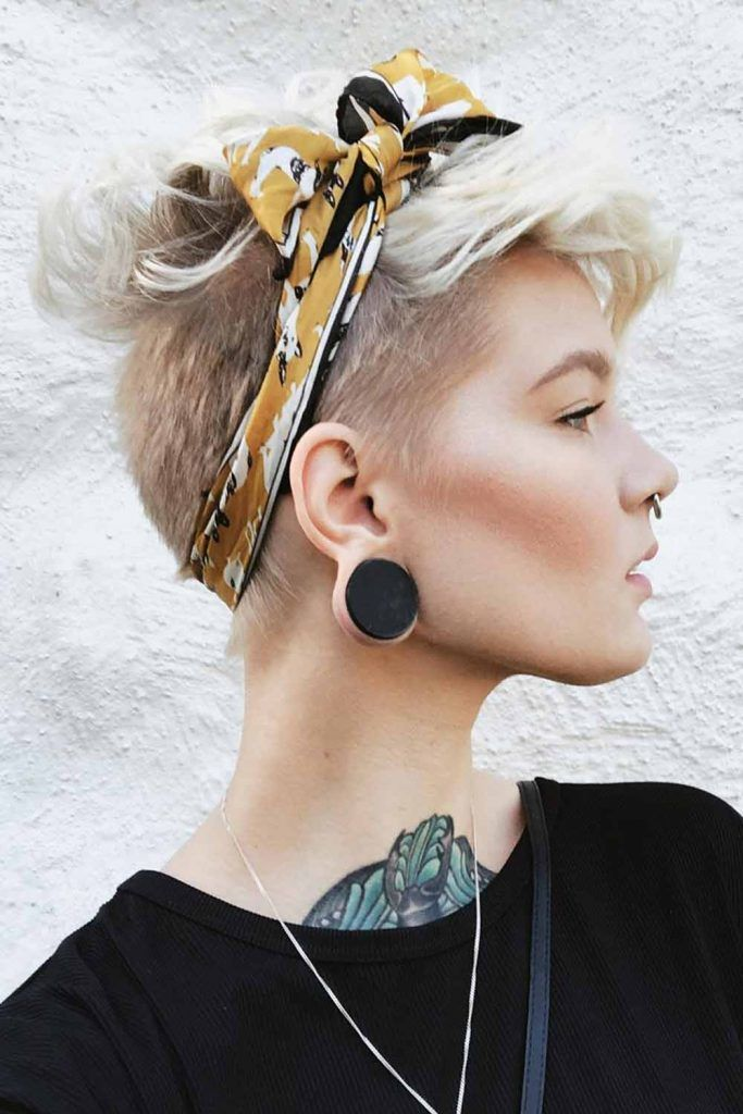 Wavy Pixie Hairstyles With Kerchief #kerchief