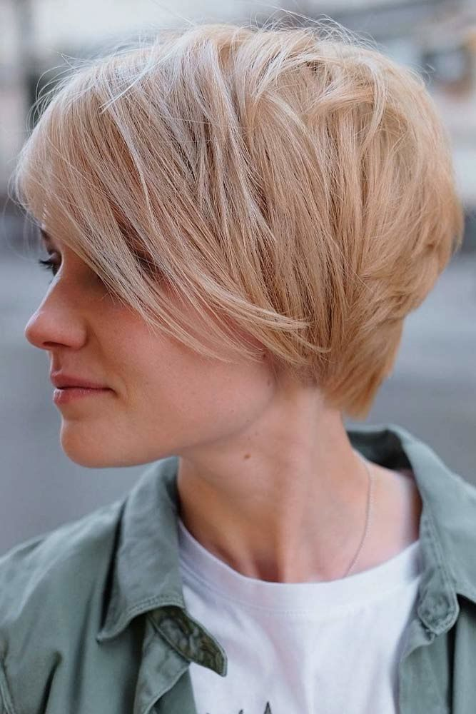 Side Swept Long Layered Pixie #shorthaircuts #shorthairstyles #shorthair