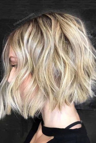 How To Style Short Hair #shorthaircuts #shorthairstyles #shorthair #bobhaircuts #blondehighlights