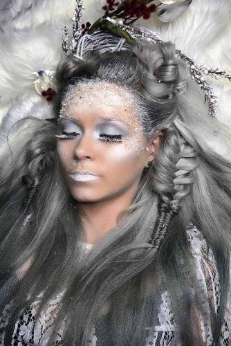 Silver Hairstyle With Braids For Badass Ice Queen #halloweenhairstyles #halloween #hairstyles