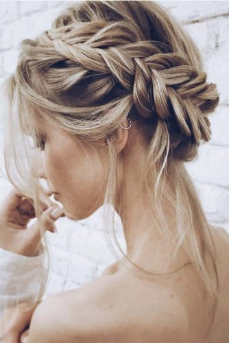 Cute Easy Hairstyles for Prom Night picture2