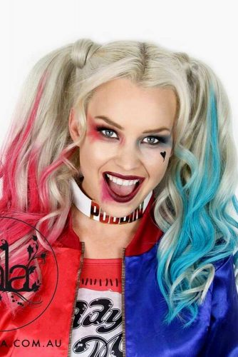 Harley Quinn With Double Ponytails #halloweenhairstyles #halloween #hairstyles #ponytail #longhair